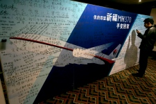 Search for plane: Pray for MH370 safe return