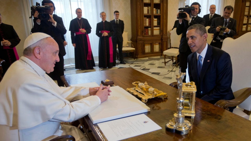 U.S. President Barack Obama meets with Pope Francis at the Vatican, Thursday, March 27, 2014. (AP / Pablo Martinez Monsivais)