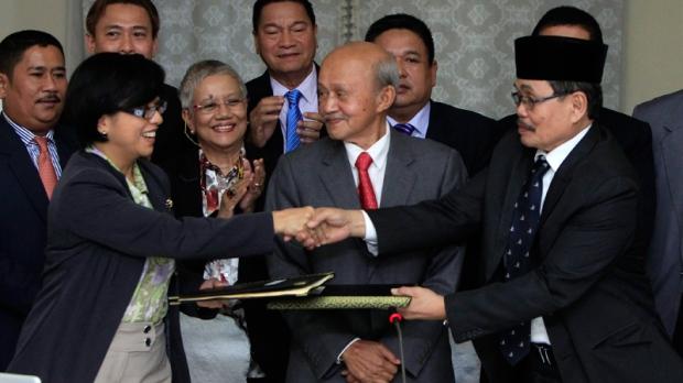 Peace accord signing in Kuala Lumpur