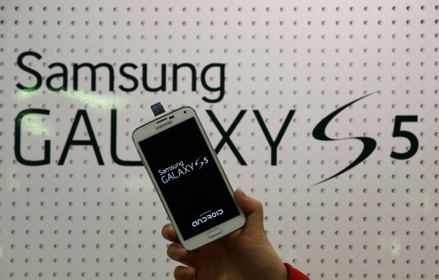 SK Telecome to launch Samsung's Galaxy S5 early