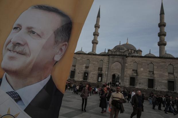 Turkey's Twitter access still blocked