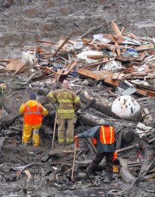 Searchers Washington mudslide