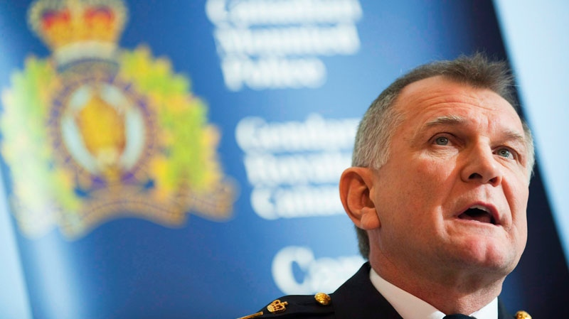 Edmonton's police chief Rod Knecht speaks to reporters in Edmonton, as RCMP senior deputy commissioner in February 2, 2011. THE CANADIAN PRESS/John Ulan