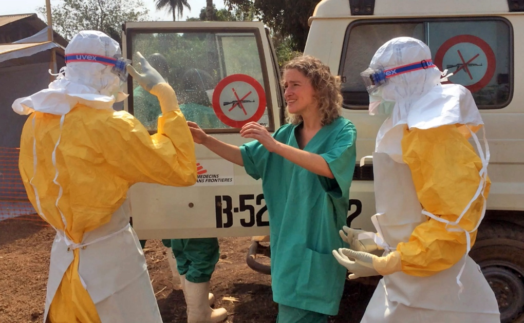 Senegal closes border over Ebola outbreak concerns