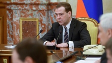 Medvedev in Crimea to talk economics