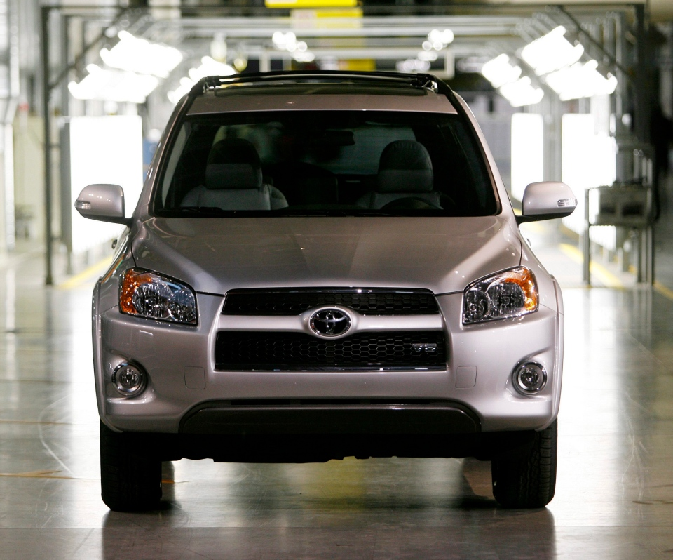 A Rav 4 vehicle sits at the end of the assembly line at the Toyota automotive plant in Woodstock, Ont., on Thursday, December 4, 2008. (Dave Chidley/THE CANADIAN PRESS)