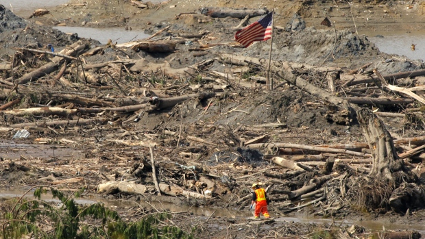 More Washington mudslide victims found