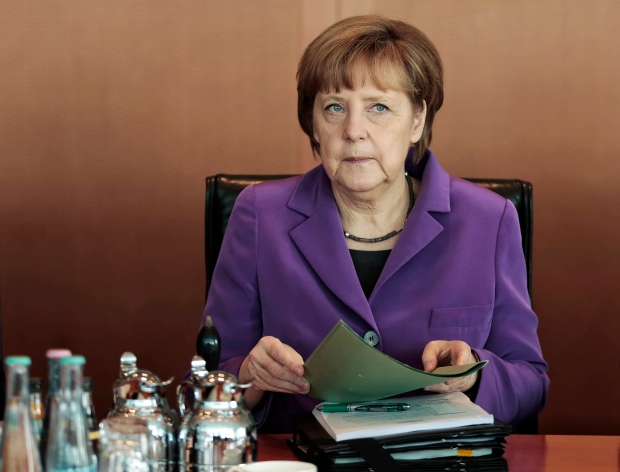 Germany sets national minimum wage
