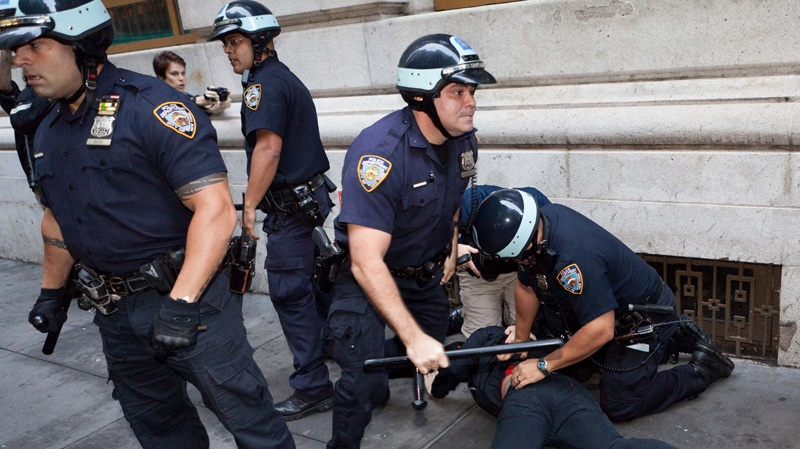 police arrest Occupy Wall Street demonstrators