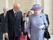 Queen Elizabeth visits the Vatican
