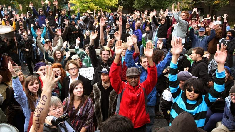 Protesters occupy Ottawa's Confederation Park