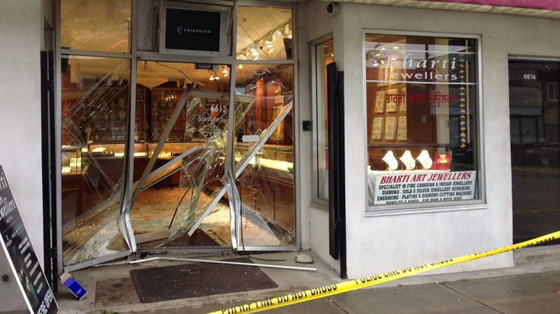 Police are investigating a robbery at a South Vancouver jewelry store Thursday afternoon. April 3, 2014. (CTV)
