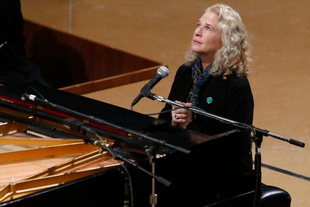 Singer Carole King
