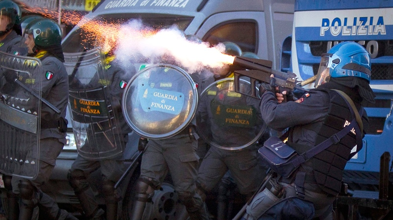 Police fire tear gas, water cannons at protesters in Rome
