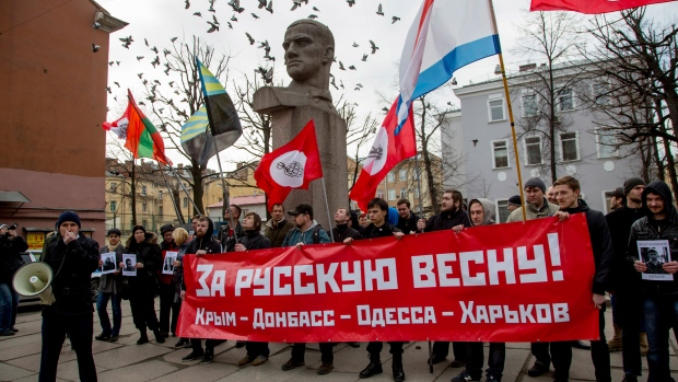 EU works with Russia to de-escalate Ukraine crisis