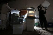 Afghan vote seen in positive light