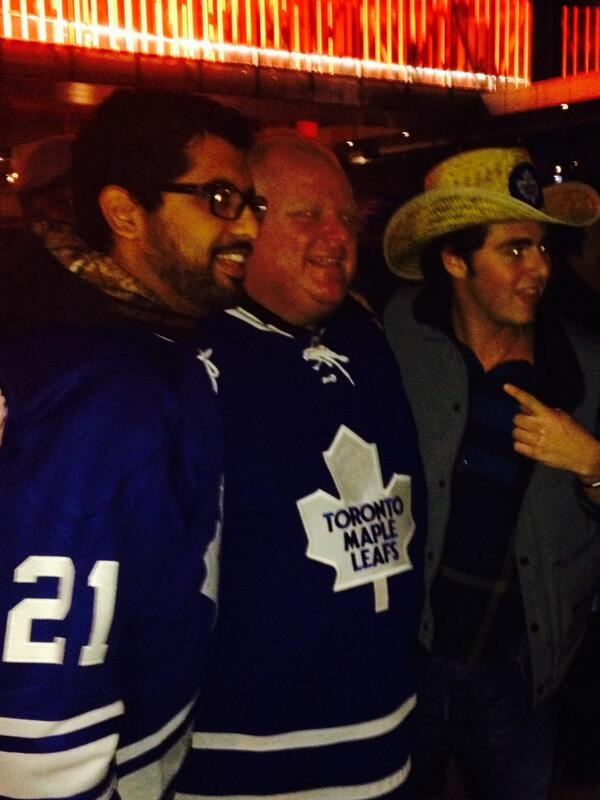 Toronto Mayor Rob Ford poses for a photograph at the Air Canada Centre on Saturday, April 5, 2014. (Twitter via @my__villa)