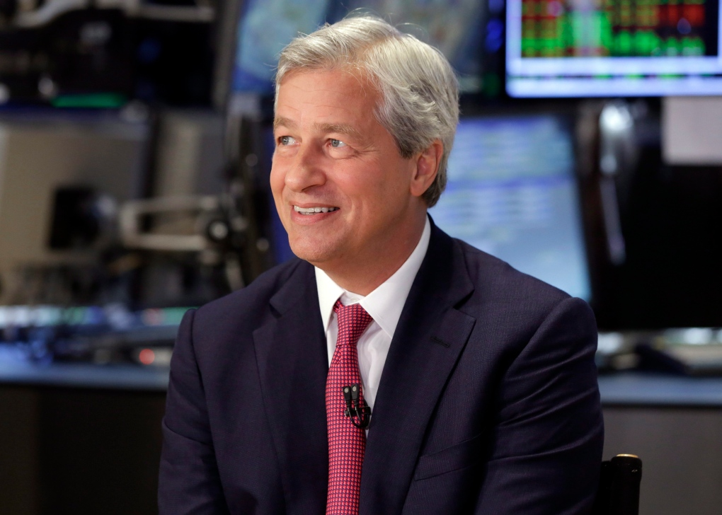 Legal costs, fines weigh on JPMorgan CEO's 2013 compensation