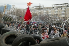 Rioters take over police stations in Ukraine