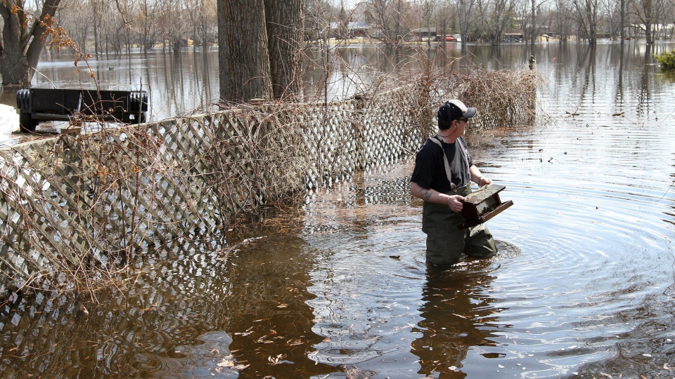 Belleville Ont On High Alert As Flood Waters Continue
