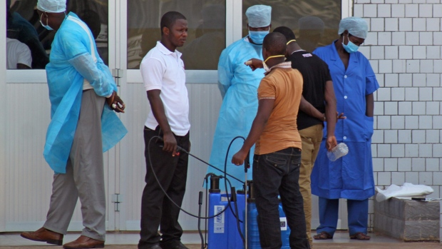 Personnel await potential ebola patients in Guinea