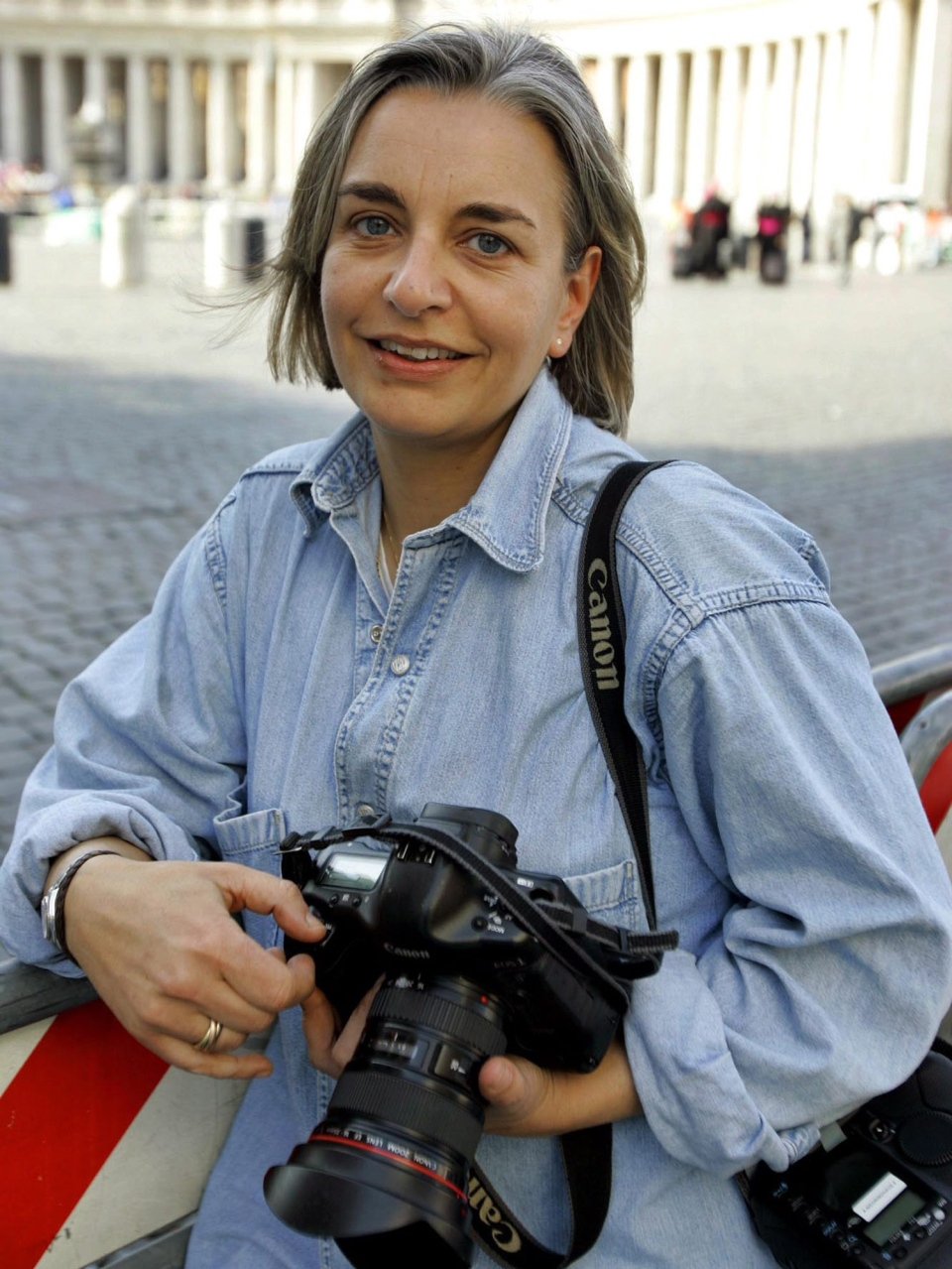 Anja Niedringhaus in Rome, April 7, 2005. (AP / Peter Dejong)