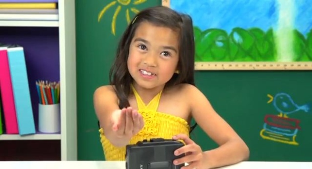 Kids React To Music : what 39 s a walkman kids confused by 39 messed up 39 music player entertainment showbiz from ctv news ~ Vivirlamusica.com Haus und Dekorationen