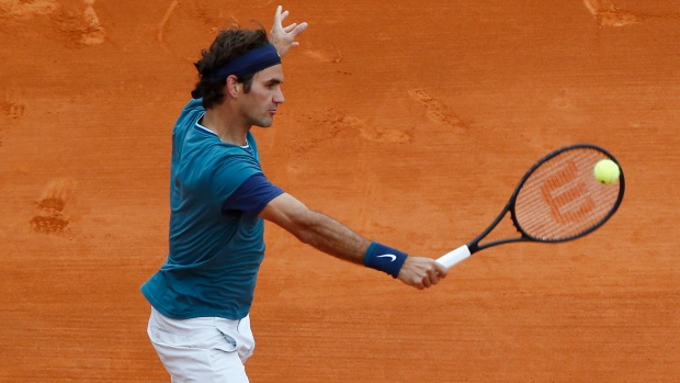 Federer prepared to skip matches for wife