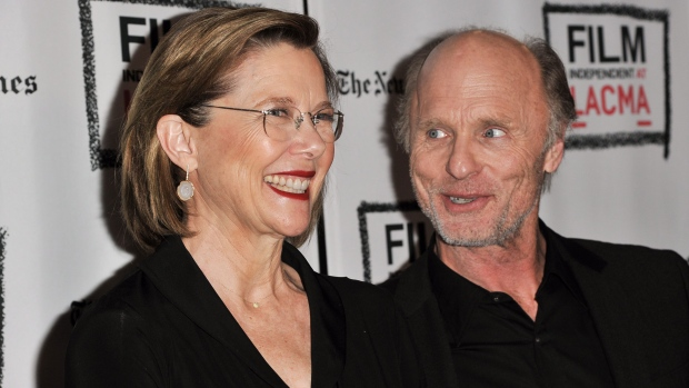 Annette Bening, Ed Harris in 'The Face of Love'