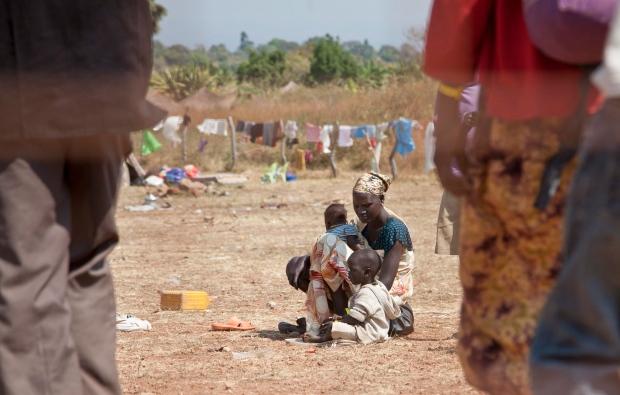 Mob attacks S.South refugee camp