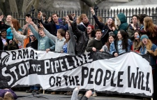 US to delay pipeline decision