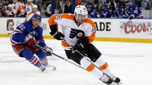 Flyers beat Rangers
