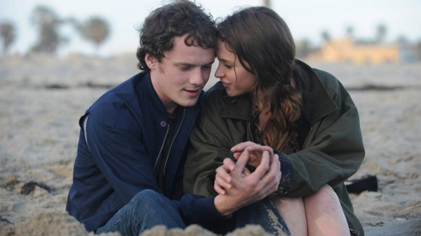 Felicity Jones and Anton Yelchin in Paramount Vantage's 'Like Crazy.'