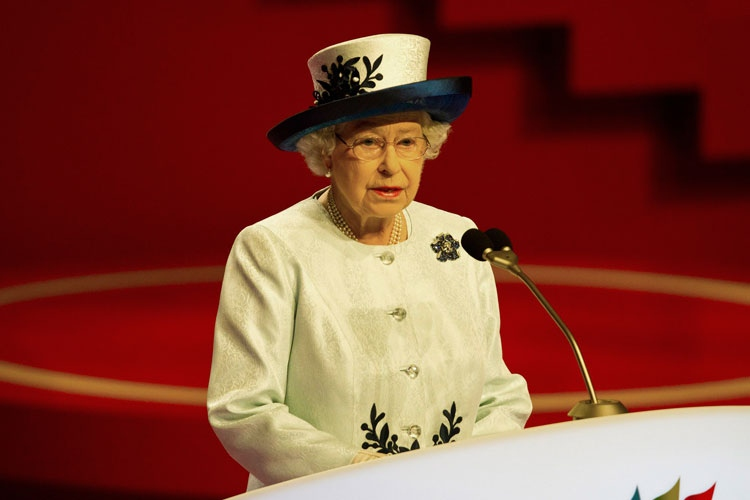 The Queen speaks during the opening ceremony of the biennial CHOGM in Perth, Australia, Friday, Oct. 28, 2011. (CHOGM / John Donegan)