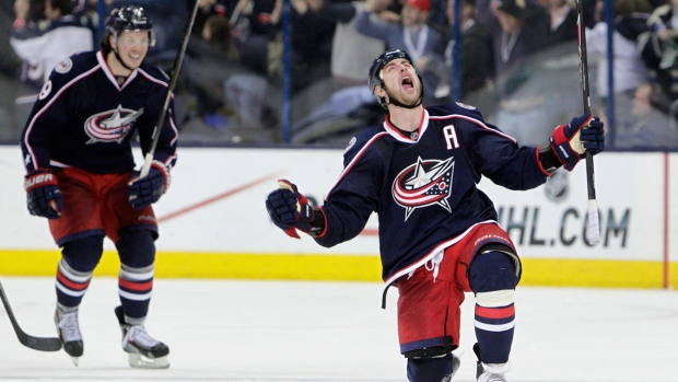 NHL playoff scores: Stars Blue Jackets Blackhawks rack up wins