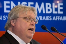 Petition for Quebec health minister to lose weight