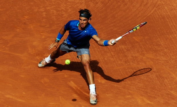 Nadal struggles at Barcelona Open