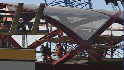 Crews are preaparing to move the bridge into place on top of the temporary structure.