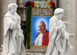 4 Popes become Saints.jpg