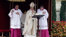 Pope Francis delcared two popes saints