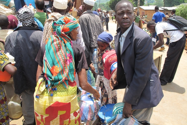 Muslims are escorted from Bangui