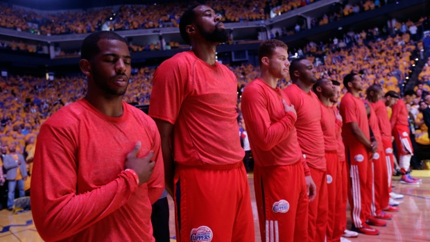 Los Angeles Clippers players in Oakland, Calif.