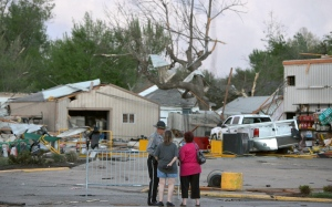 Monster storms tear through parts of the U.S.