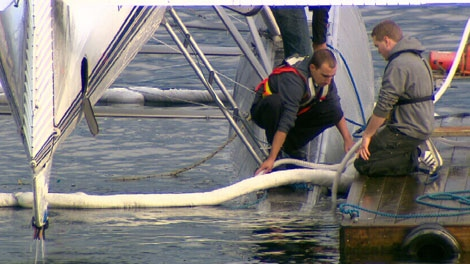A plane docked at Vancouver�s Coal Harbour nearly sunk when it began taking on water early Saturday morning. Nov. 5, 2011. (CTV)