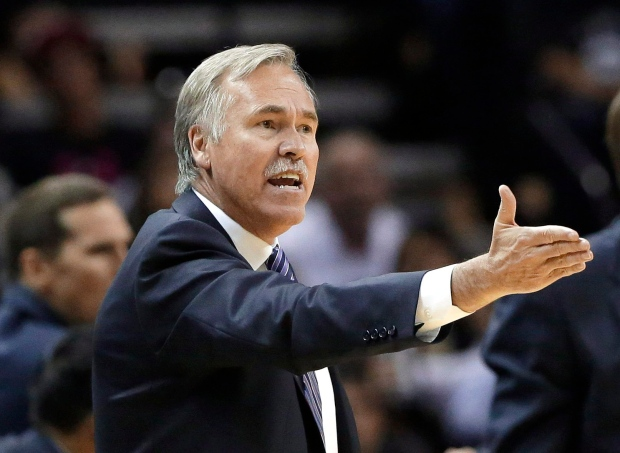 Los Angeles Lakers head coach Mike D'Antoni