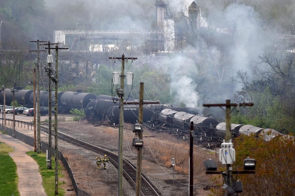 Used Cars Lynchburg Va >> CSX train derails, catches fire in Va.; latest in string ...
