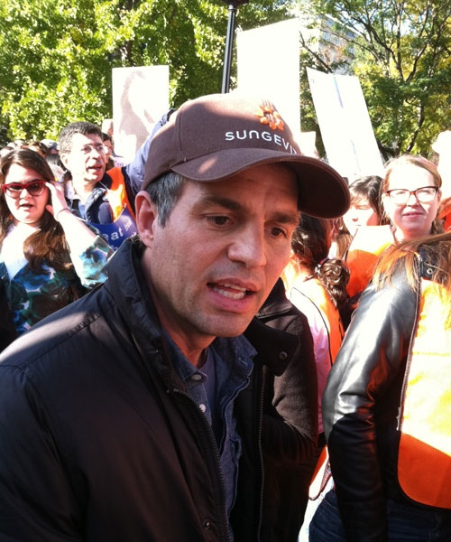 Actor Mark Ruffalo protests the Keystone XL pipeline at a rally outside the White House in Washington, D.C., on Sunday, Nov. 6, 2011. (Nathan Luna / CTV)