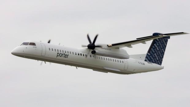 Porter Airlines gets federal loan up to 0.5 million, including money for refunds