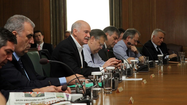 Power-sharing talks in Greece drag on
