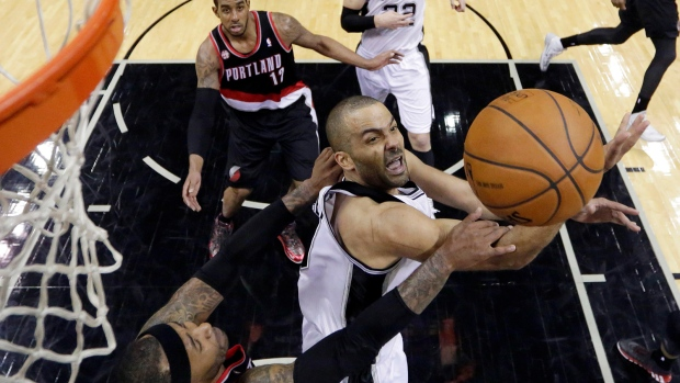 Spurs beat Trailblazers